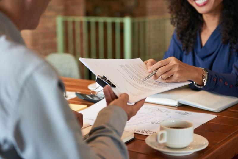 modelo de contrato para assistente virtual